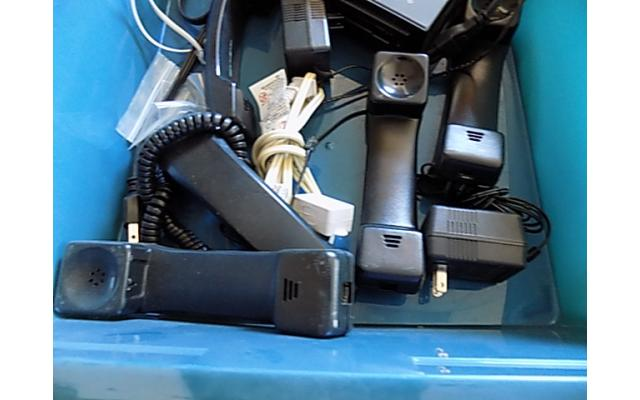 2 totes of cables and power cords - 3/5