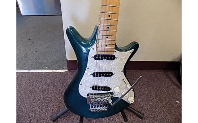 Lot# 120 Daniele guitar (damaged)w/ Floyd rose and mighty mite pick ups - 3/10