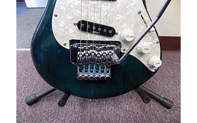 Lot# 120 Daniele guitar (damaged)w/ Floyd rose and mighty mite pick ups - 4/10