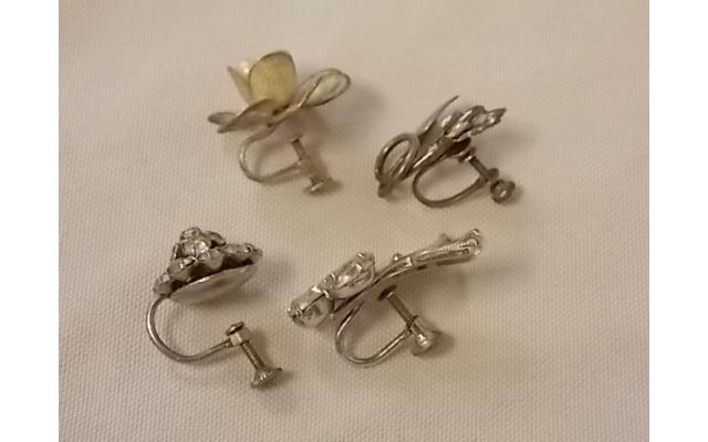 Lot #10 jewelry either marked silver or appears to be silver missing mates - 2/2