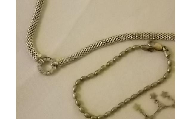 Lot #28 jewelry lot either marked silver or appears to be silver - 3/3